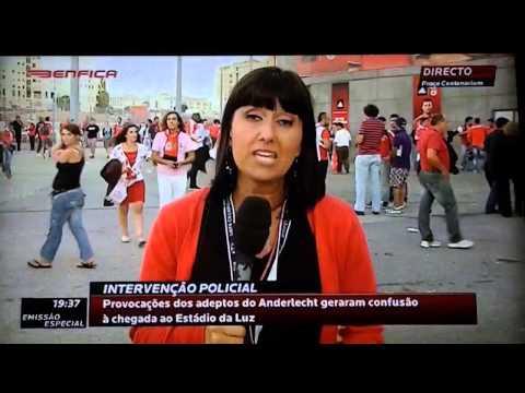 Benfica Tv - Jornalista Beijada