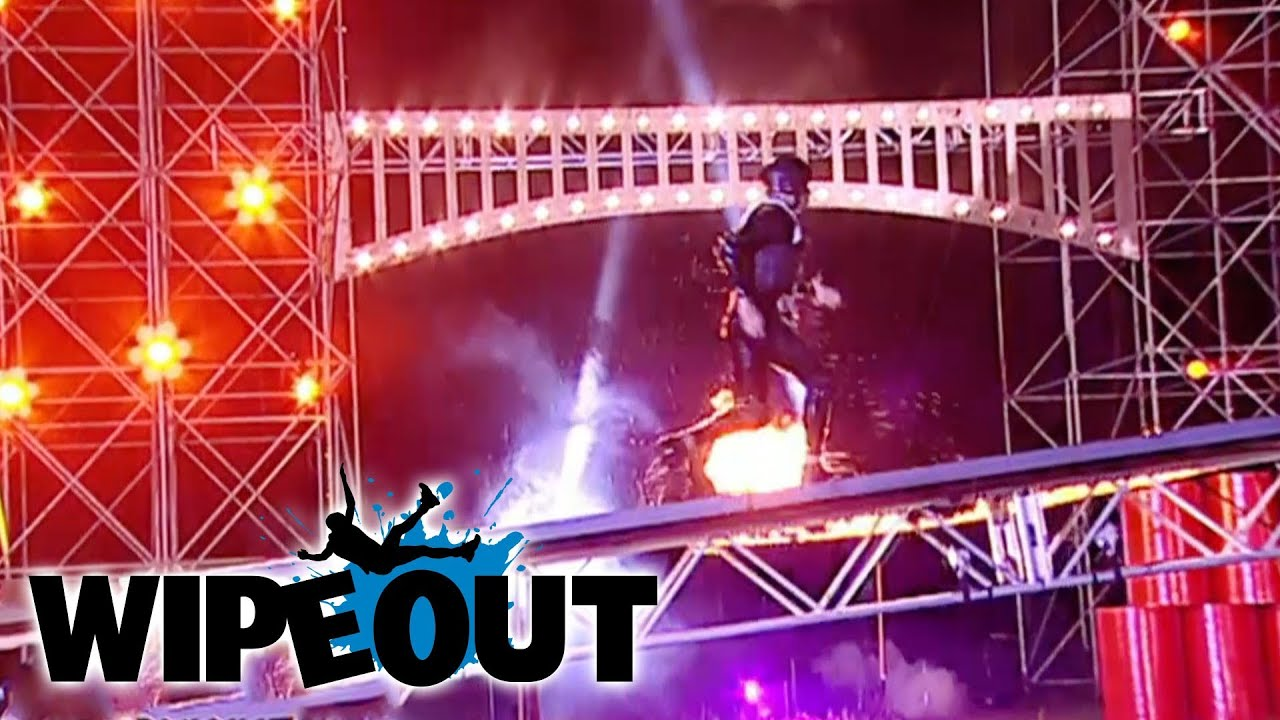 The Latin Lover Tangoes with the Wipeout Zone | Wipeout