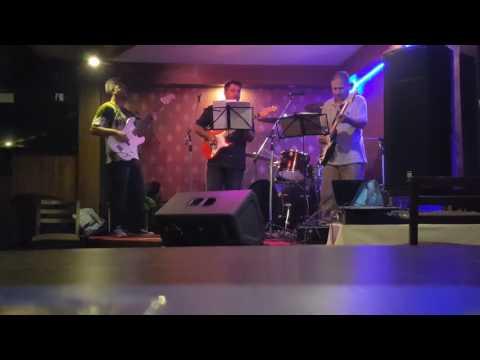 Nashalu timro aankhailey- Jyoti ghimire LIVE
