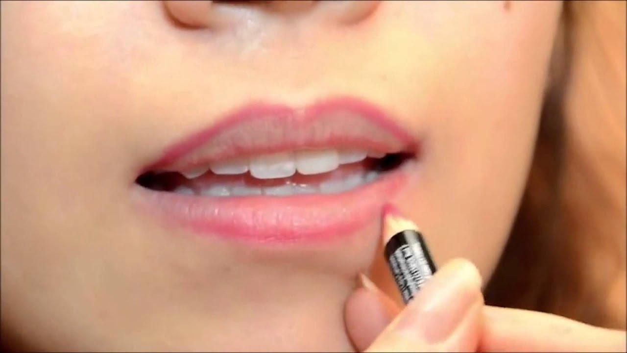 Vài bước đơn giản cho đôi môi căng mọng với chì kẻ môi (Lip Liner) & Son Bóng