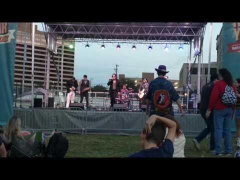 Roxy Roca Live at Austin NYE 2017