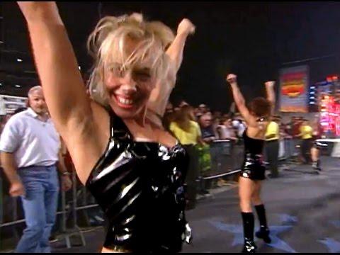 (720pHD): WCW Nitro 12/07/98 - Nitro Girls Segments