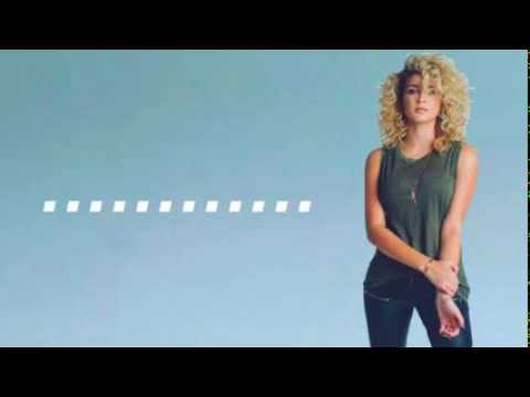 Unbreakable Smile (Live) Tori Kelly (Lyrics)