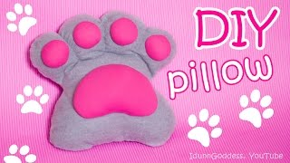 DIY Paw Pillow – How To Make A Pillow Shaped Like A Paw Out Of Old T-shirts