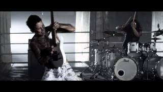 "Escape the Fate - ""Ungrateful"" (Official Music Video)"