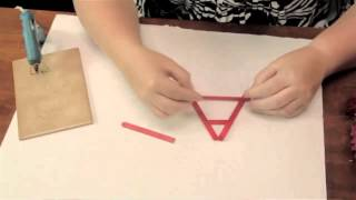 How To Build An Easel Out Of Popsicle Sticks : Summer Crafts