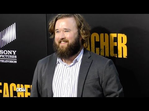 HALEY JOEL OSMENT MELTS DOWN AT AIRPORT AFTER MISSING HIS FLIGHT