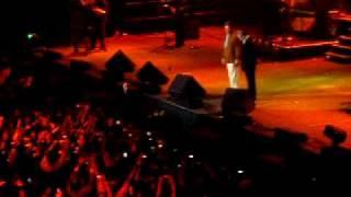 بهروز وثوقی و مهدوی کیا در کنسرت کلن 19.09.09 Lanxess Arena Köln