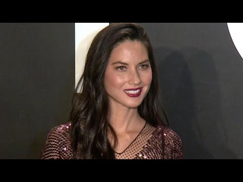 Olivia Munn Pokes Fun at Aaron Rodgers Split
