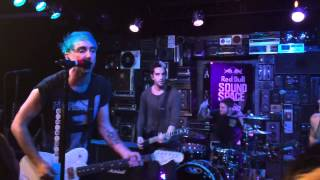 [HD] All Time Low - Dear Maria, Count Me In (Live @ KROQ Redbull Soundpace)
