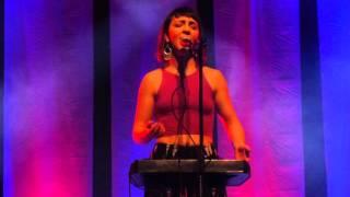 'Break My Body' Julia Easterlin #SingStrongChi #SingStrong #looping #livelooping