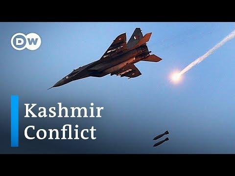 India launches air strikes on Pakistan at Kashmir border | DW News