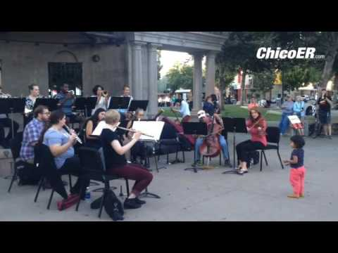 The North State Symphony left their conductor behind and invited the public to pick up the baton to Mp3