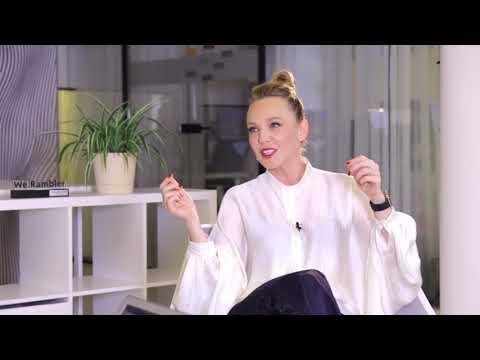 Альбина Джанабаева о ненавистниках и естественности в Инстаграм  — Интервью Рамблер/live - 25.09