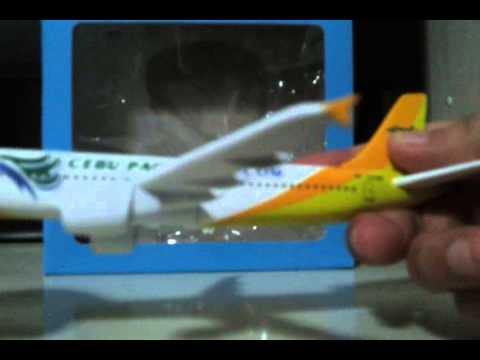 Cebu pacific air model plane