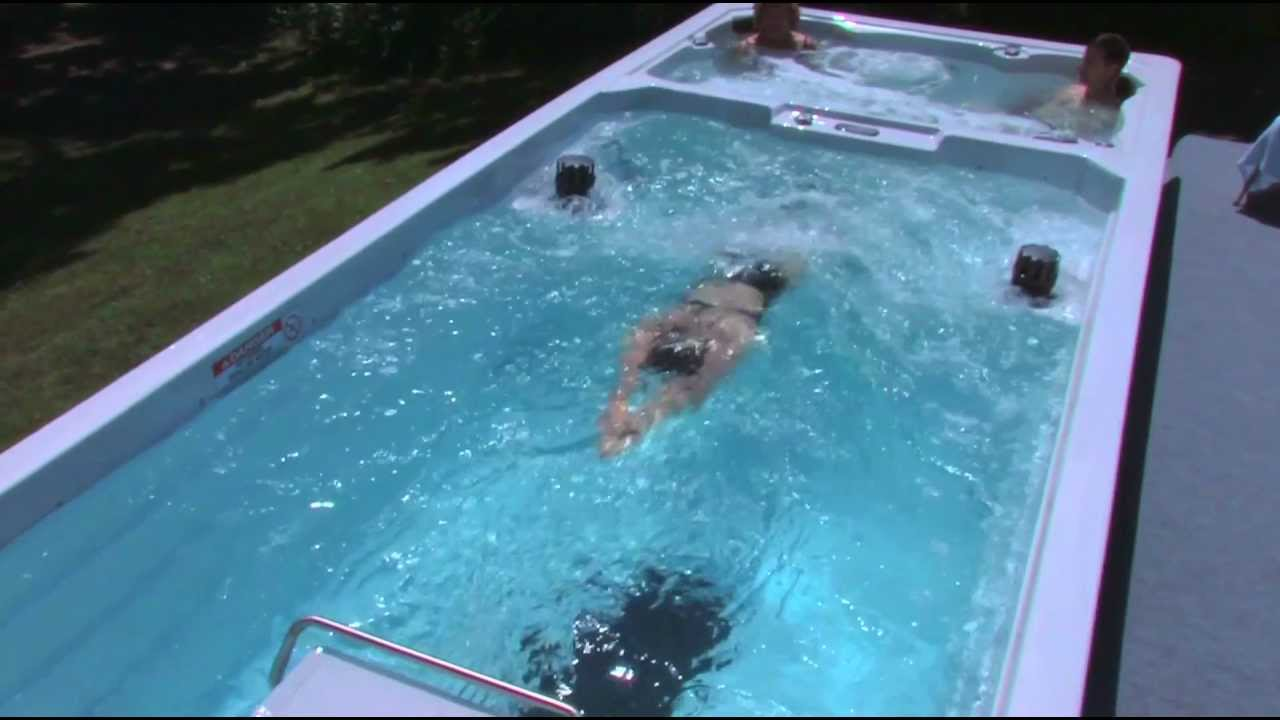 endless pools swim spas in italian italiano youtube. Black Bedroom Furniture Sets. Home Design Ideas