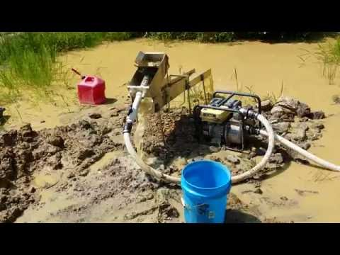 Highbanking at Mt.Creek gold mine part 1   Please Like, share and Subscribe