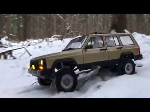 RC scale studio Trucks 4x4 Snow Adventures Rc4WD Trail Finder 2 LWB Jeep Cherokee 4x4