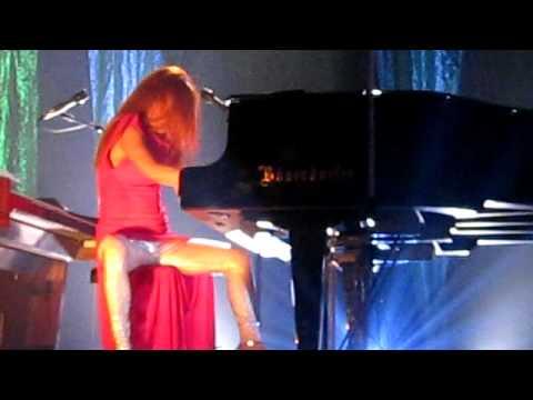 Tori Amos - Precious Things Live @ Lotto Arena Antwerp 4 oktober 2009