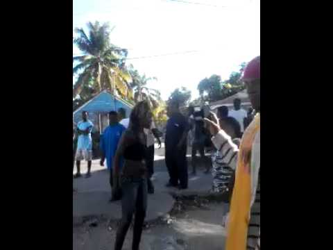 Bahamas Women Fighting 3