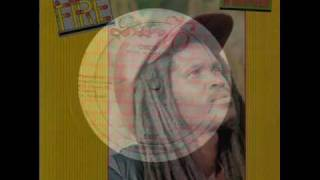 Delroy Williams - Think twice (Dubplate style Ft Augustus Pablo