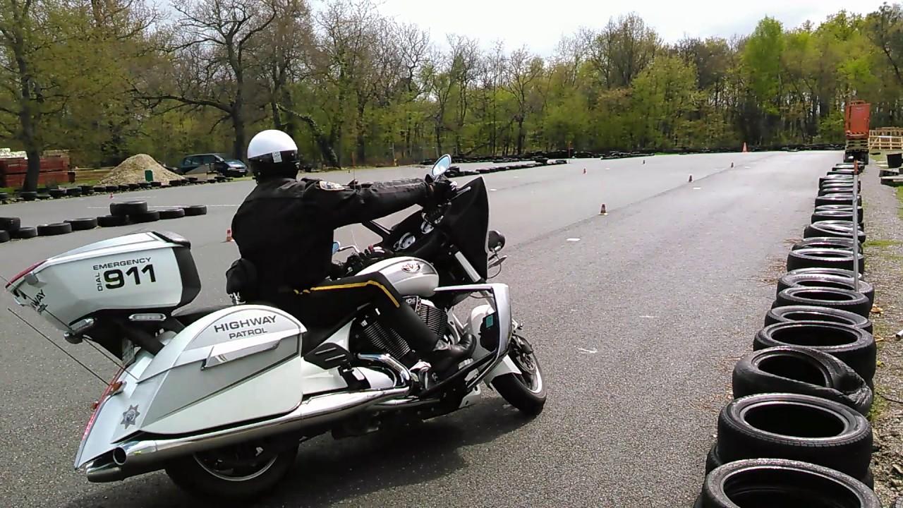 Conduire moto basse vitesse