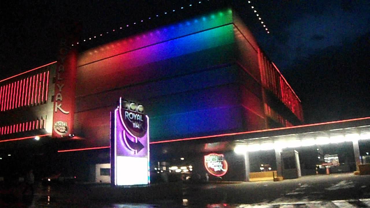 Fachada royal yak iluminaci n led rgb youtube - Iluminacion exterior led ...