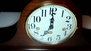 Sligh Mantel Clock  Westminster Chimes Key Wound Wood Case Runs Strikes And Chimes