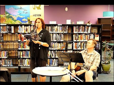 Janet Kuypers reads 2 book poems & covers Feedback song w/ John guitar @ Recycled Reads 3/4/18 L2500