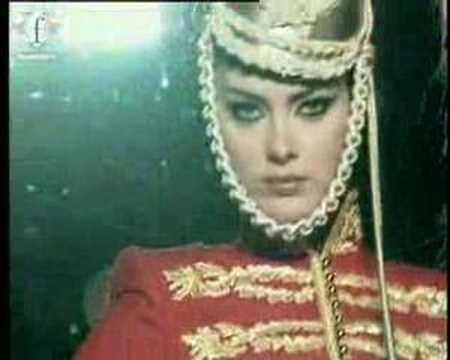 fashiontv I FTV.com  FASHION IN FILMS SHALOM HARLOW