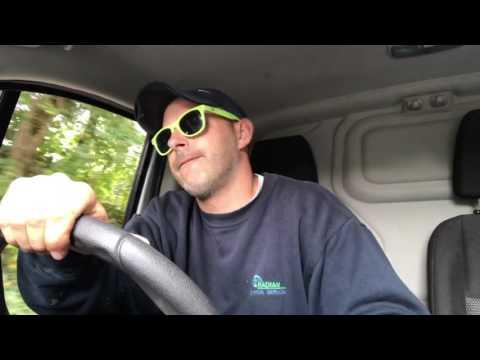 Lovin' the 80s Van Karaoke
