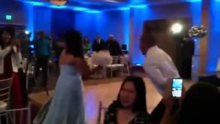 Жених на свадьбе делая сальто, чуть не убил свою невесту