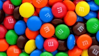 M&M's Chocolate Learn Colors a lot of candy surprise eggs coklat mm