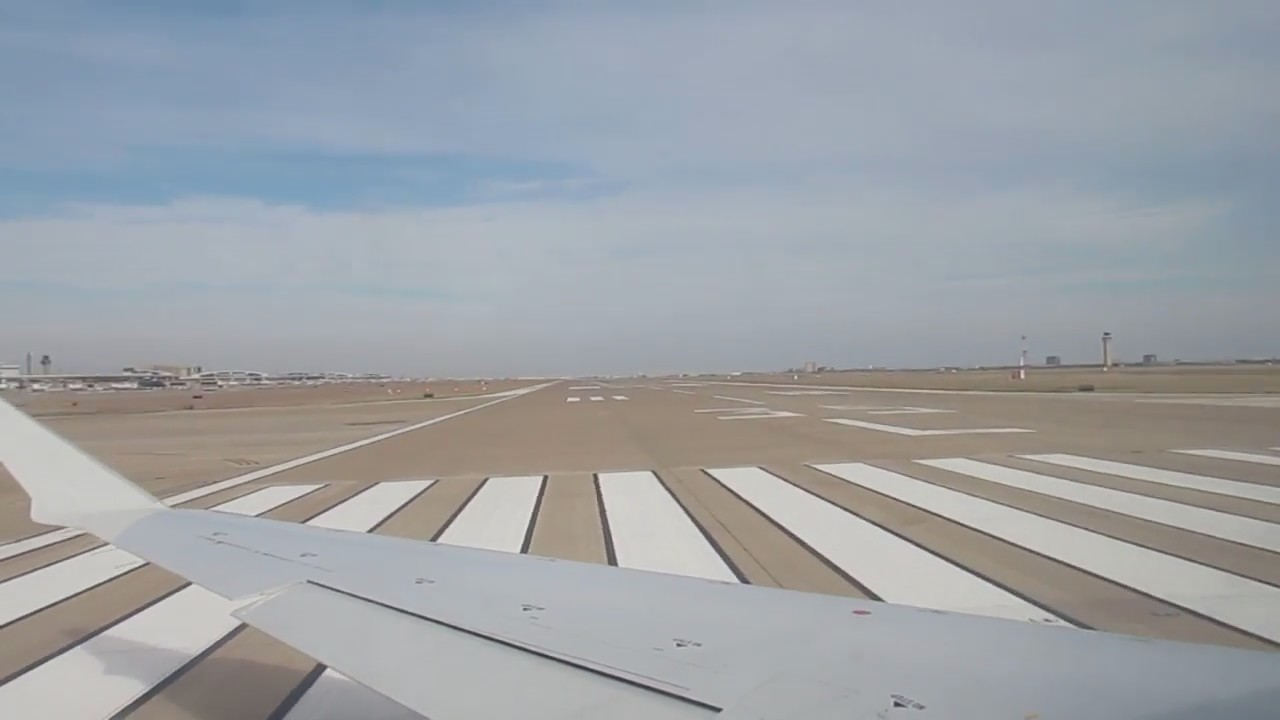 American Airlines Mesa Air Crj 900 Takeoff At Dallas Fort