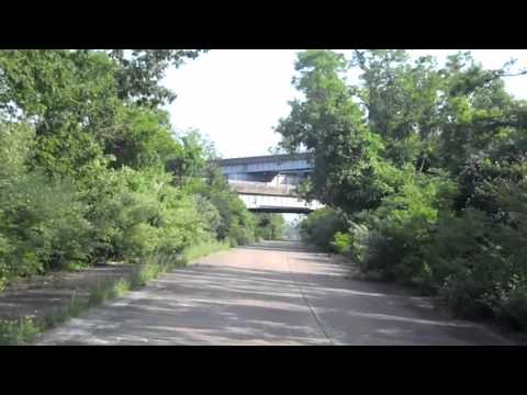 Abandoned On/Off Ramps To I-84/Route 9 In West Hartford, CT