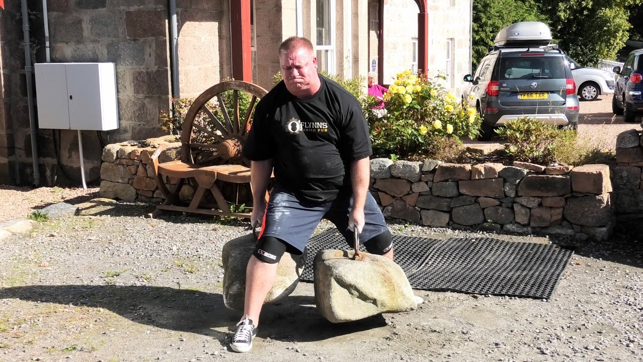 Australian Strongman Jason Gillespie Successfully Lifts The Dinnie Stones In Potarch Scotland 2019 Youtube