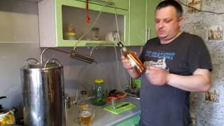 видео Настойка на кедровых орешках: рецепты, польза и вред алкоголя
