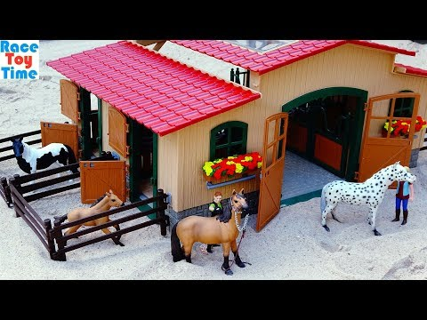 schleich-stable-with-horses-playset-for-kids