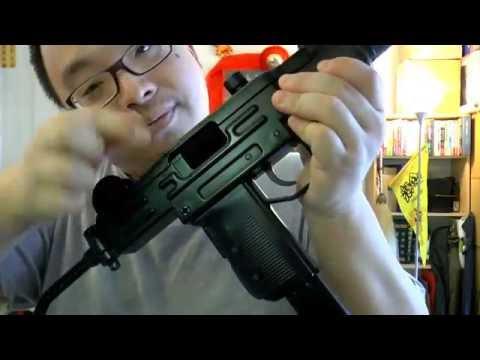 Mini UZI BB Gun (4.5mm) Co2 SMG Review - Back to Old School!