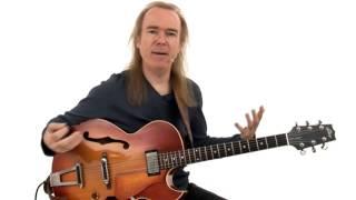 Jazz Guitar Lesson - #31 2-Key Progression Soloing - David Becker