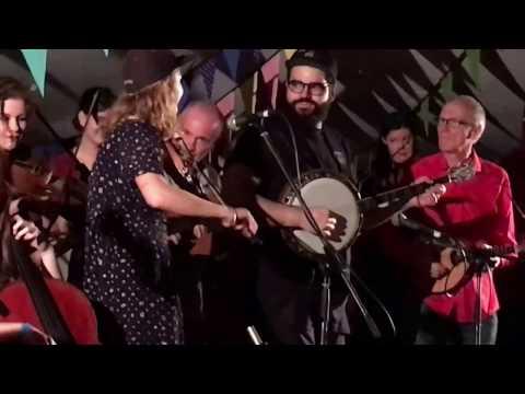 Les Poules à Colin with The Melbourne Scottish Fiddlers, Yackandandah