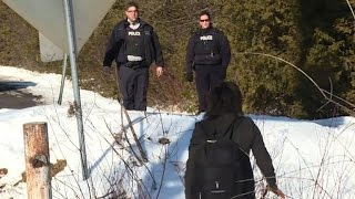 Refugees crossing Canadian border for asylum