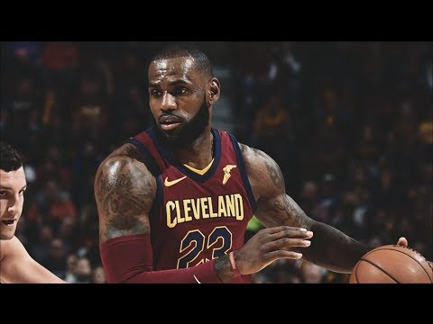 LeBron James Plays Point Guard! Wade Demotes to 6th Man Role! Bulls vs Cavs 2017-18 Season