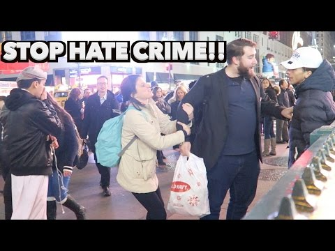 HATE CRIME AGAINST MUSLIM IN NYC EXPERIMENT!(TRUMP SUPPORTER STANDS UP)