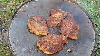 Сковорода із диска борони / готуємо на природі стейк свинини