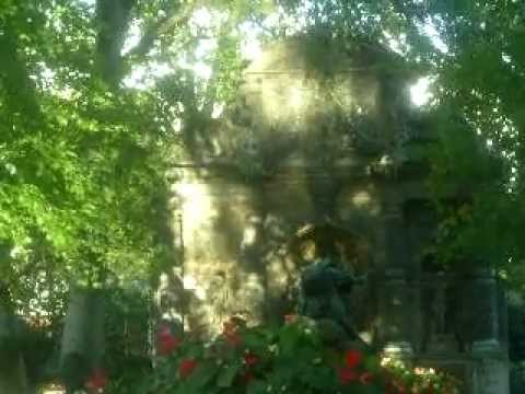 My short film of the Fontaine de Medicis at the Gardens of Luxembourg - Paris