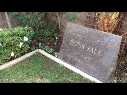 TDW 1253  Peter Falk : Columbo Grave Site