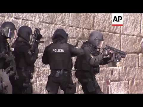 Spanish police tackle simulated terror drill