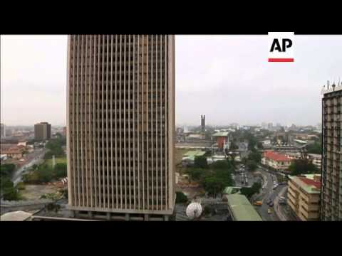 Lagos'' historic buildings crumbling into dust