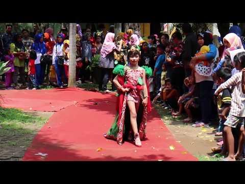 Penampilan Lomba Fashion Show Etnik 2017
